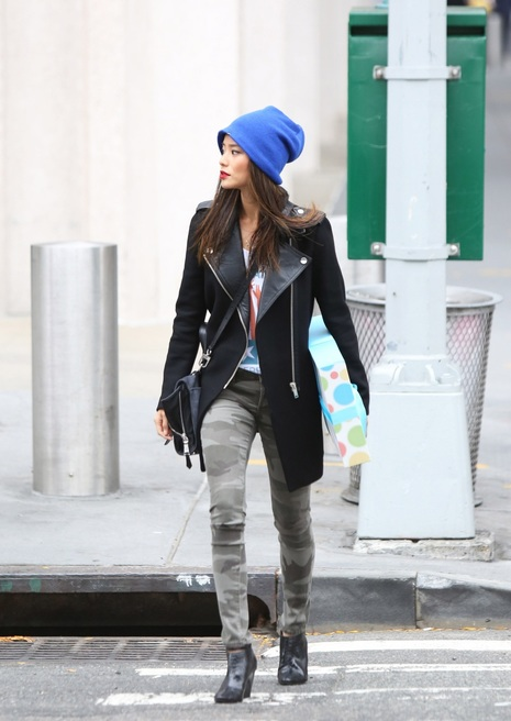 Jamie Chung Buys a Ferry Ticket Along the East River