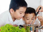 kids-smell-cook-vegetables-children-asian-food-mom-pic-1509095383716-12-14-306-585-crop-1509095401925